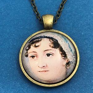 Vintage Woman Portrait Bronze Tone Necklace